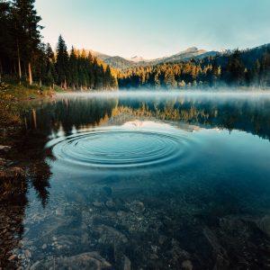 Lacul din România care deţine 3 recorduri mondiale!